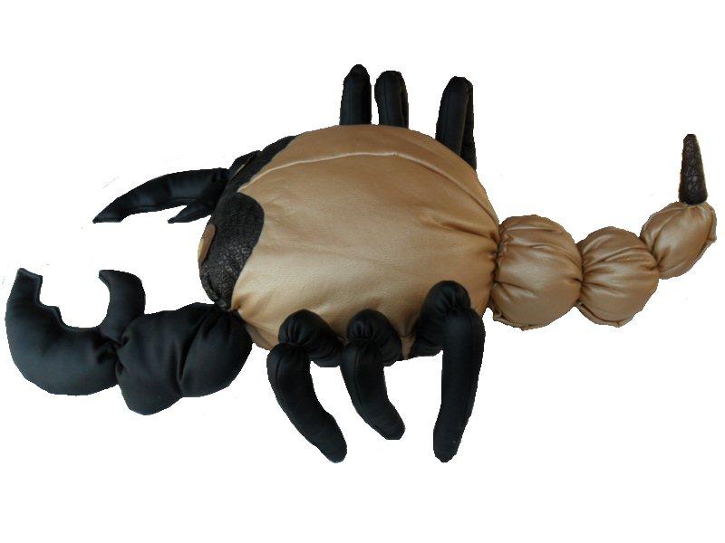 Изготовление декор. подушки  Скорпион