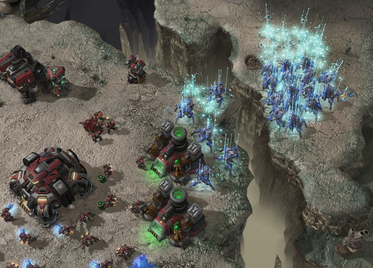 Starcraft 2: Heart of the Swarm (RU)
