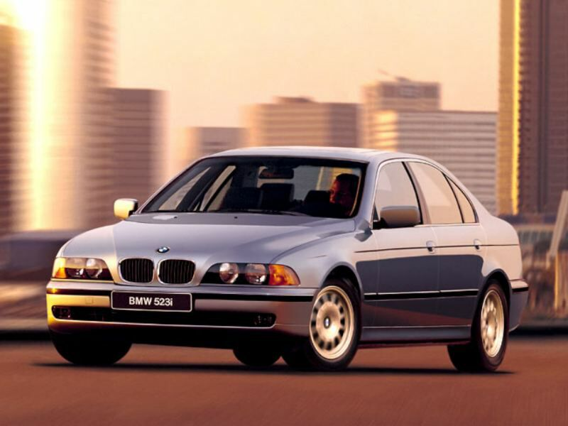 "Photo wallpaper on the subject of car ""BMW"" on your desktop."