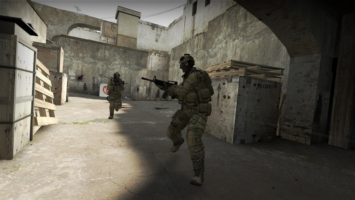 Counter-Strike: Global Offensive + GIFT