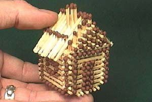 House of matches. No glue! (424 KB)