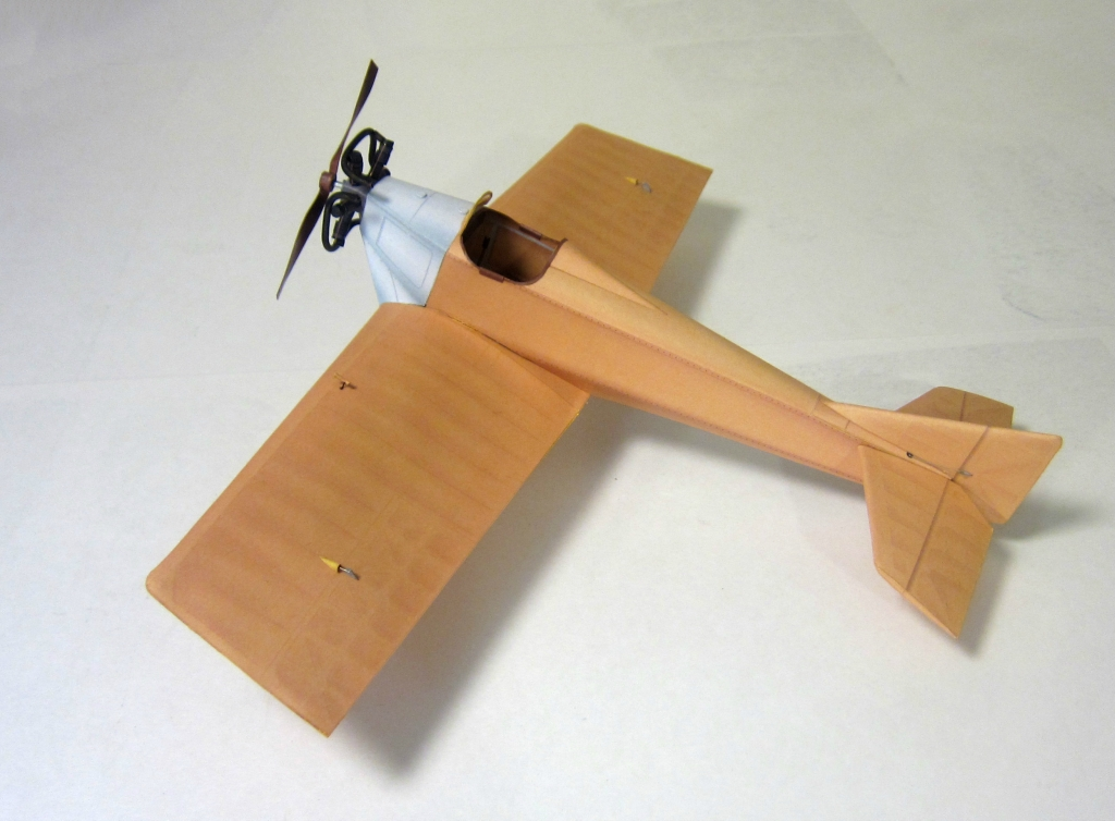 The ANT-1 airplane (paper model in 1/33 scale)
